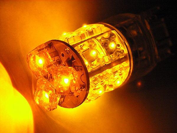 T20タイプ 広角3段 13連LEDバルブ ウェッジ W球 オレンジ【あす楽】