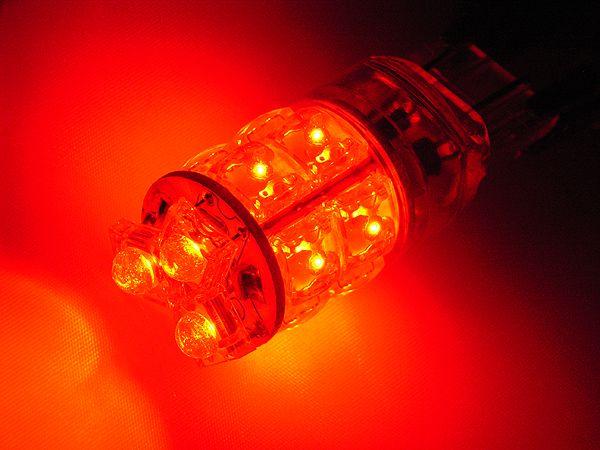 T20タイプ 広角3段 13連LEDバルブ ウェッジ W球 レッド【あす楽】