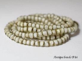 【1410】ホワイトハートビーズ透明小中粒一連A(Φ4.5mm)【とんぼ玉】【蜻蛉玉】【アンティークビーズ】【ほわいとはーと】【ビーズ】【パーツ】【インディアンジュエリー】【ホワイトハーツ】【antiquebeads】【beads】