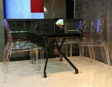 お得なイタリア製ダイニングテーブル5点セット