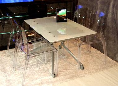 高さも大きさも自在に変えられるガラステーブルセットです♪