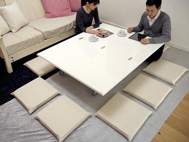 10人座れる白いリフティングテーブル