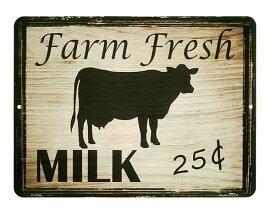 乳牛 Farm Fresh MILK ミルク 当店Sサイズ アメリカンブリキ看板 アメリカン雑貨 アメリカ 雑貨 サインプレート サインボード メタルプレート おしゃれ カフェ バー 店舗 インテリア ガーデニング ウシ 動物 ポスター ガレージ ブリキ 看板