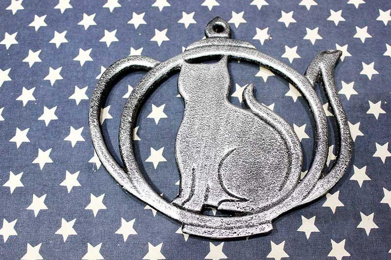 アイアン製の鍋敷き 雰囲気のあるネコのデザイン 金属製 猫 雑貨 おしゃれ 店舗 カフェ インテリア