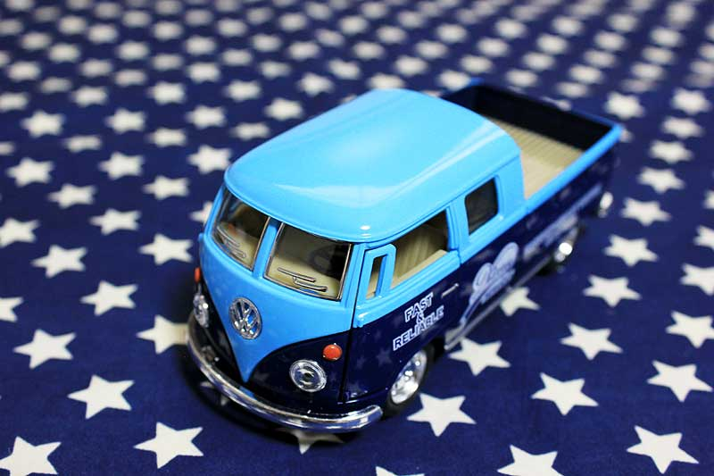 ワーゲンバス ミニカー プルバックカー 63年式 ダブルキャブ 商用車 Bus Double Cab Pickup ブルー×ブルー アメリカ 雑貨 クルマ 模型 フォルクスワーゲン 置き物 玩具 ガレージ 店舗 カフェ バー インテリア ミニカー