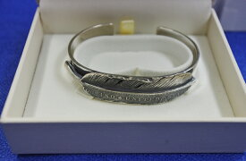 ジャムホームメイドJAM HOME MADE  HALF DOLLAR FEATHER BANGLE