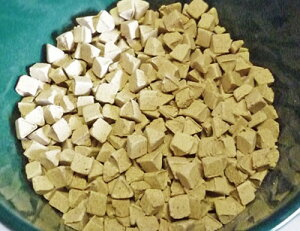 【鉢植えの飾りに】 三角形のハイドロカルチャー セラキュート トライアングル BE 6mm クリスマス 水耕栽培や鉢植えのマルチングにピッタリ! おしゃれインテリア飾りにも ガーデニング