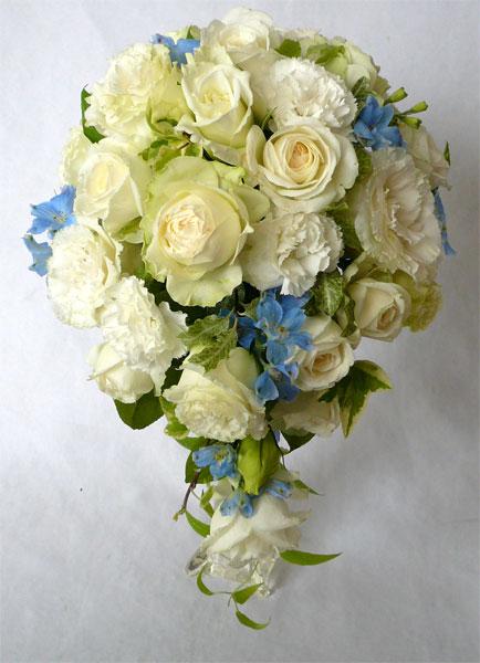 ウエディングブーケ/ 生花 ブーケ オーバルブーケ ホワイト&ブルー クール便付き 【bouqet】