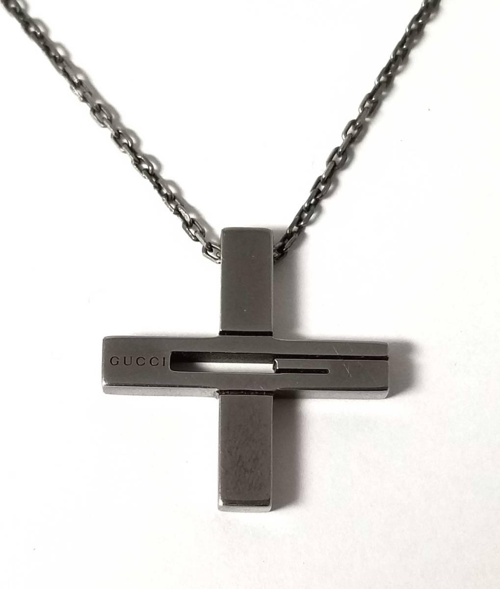グッチ ネックレス クロス ペンダント 十字 SV925 十字架 シルバー カットアウトG ガンメタ メンズ GUCCI 【中古】