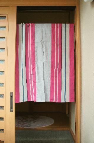 【手作り小物】古代縞古布暖簾(ミドル丈)