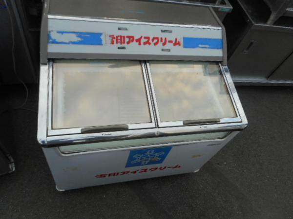 サンヨー 冷凍ショーケース SCR-090 W90D72H90cm 160L アイス【中古】