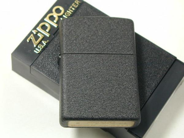 ジッポーライター: Zippo ブラッククラックル //プレイン// #236 【Black Crackle】 (WW2) 黒 【レギュラー】 ★無地★ 【あす楽対応】 【楽ギフ_包装】 【母の日】 【父の日】 【ジッポ】 【ジッポー】 【ライター】 【ダルマヤ】 ギフト プレゼント ラッピング