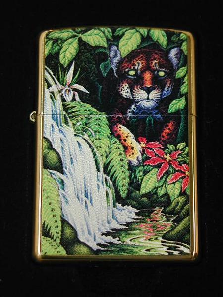 ジッポーライター: 2005 世界限定 Zippo Mysteries of the Forest // フォレスト 10周年 // USA Zippo社 純正 ☆豪華!!☆ 【あす楽対応】 【楽ギフ_包装】 【ジッポ】 【ジッポー】 【ライター】 【ダルマヤ】