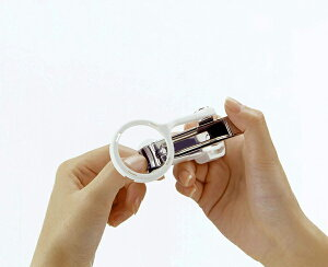 メール便送料無料 爪切り グリーンベル 匠の技 ルーペ付きつめきり 巾着付き 日本製 高級 拡大鏡 虫眼鏡 やすり 爪とぎ ツメ切り つめ切り 足の爪 キャッチャー付 飛び散らない G−1004 ポイ