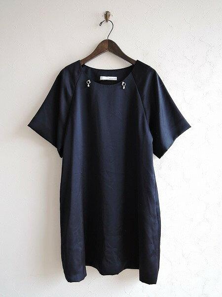 プティローブノアー petite robe noire ビジュー付きワンピース -【中古】【32I81】