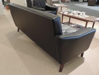 カリモクUS2273BD/肘掛椅子2Pソファ/黒ブラック/合成皮革張ラブチェア/ビンテージ風/レトロ/古風/コンパクト/カリモク60風/カフェ/送料無料/日本製家具