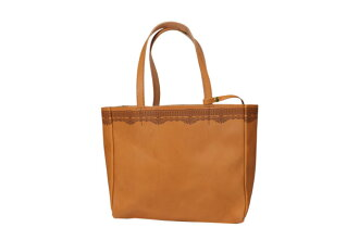 BUTLER VERNER SAILS / butlerburnersails raiser cutting this evoke leather tote bag