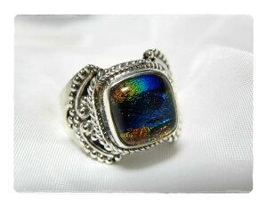 七色の輝き★スクエアディクロイックガラスのシルバー925リング#16 天然石ジュエリーのお店 リング おしゃれ シルバー925 プレゼントにもおすすめ♪ ハッピーエイト
