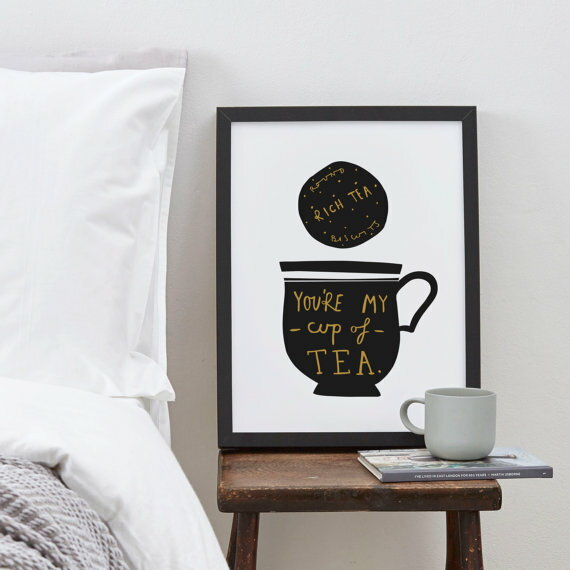 OLD ENGLISH CO. | MY CUP OF TEA PRINT (black and gold/white background) | A4 アートプリント/ポスター【ロンドン 北欧 シンプル インテリア】