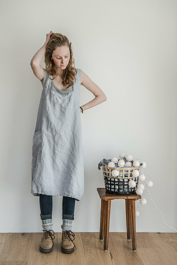 not PERFECT LINEN   PINAFORE - SQUARE CROSS LINEN APRON (washed silver)   エプロン【リネン 麻 ナチュラル リトアニア 北欧 東欧 シンプル おしゃれ】