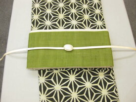 黒地麻の葉が浴衣-きびら麻細帯グリーン・三分紐・帯留・4点セット