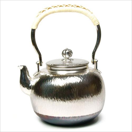 【茶道具 銀瓶】石目銀瓶 丸型 5号 秀峰堂謹製