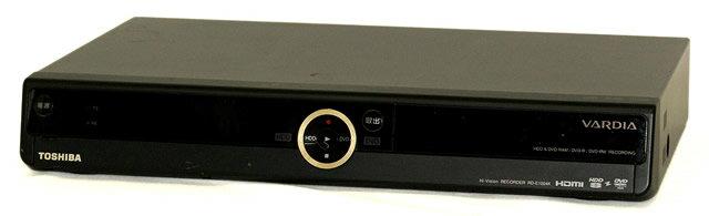 【中古】迅速発送+送料無料+動作保証!! TOSHIBA 東芝 RD-E1004K デジタルハイビジョンチューナー内蔵ハードディスク&DVDレコーダー(HDD/DVDレコーダー) HDD:1000GB 【@YA管理1-53-PL19800864】
