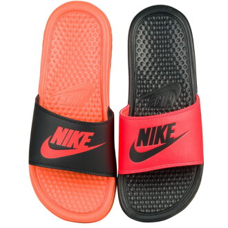 NIKE 나이키 ベナッシ 불일치 여성용 샌들 JDI 슬라이드 Nike Women 's Benassi JDI Mismatch Slide Black Total Crimson