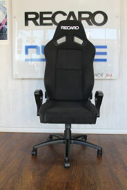 【正規品】レカロ SR-7F KK100 OFFICE オフィスチェア ブラック / レッド ■ レカロオフィスチェア ■ セミバケットシート ■アームレスト付きモデルです。