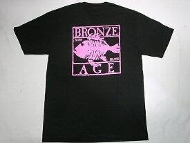 BRONZE AGE ブロンズエイジ ネオンカラーシリーズ スクエア フィッシュ Tシャツ 黒xピンク