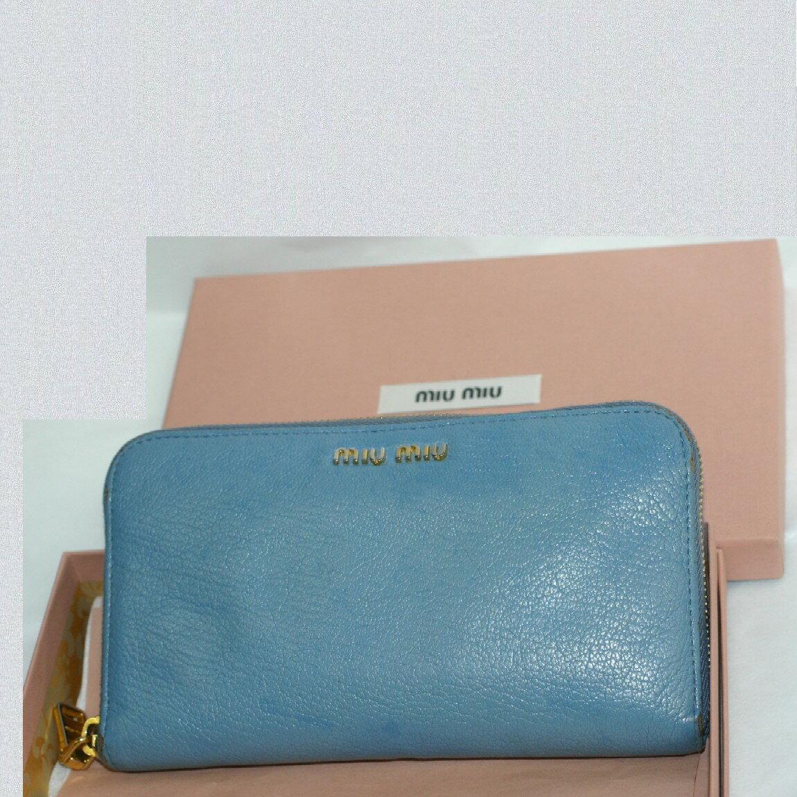 【中古】本物可ミュウミュウ女性用ブルー色ラウンドファスナー長財布 サイズW18H10,5D2cm