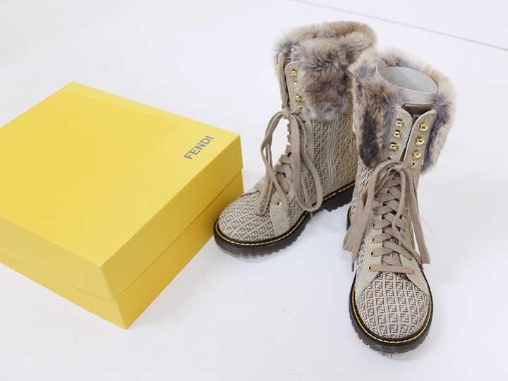 新品未使用品[フェンディ/FENDI]19.5cm ブーツ/靴 ベージュ リアルファー 子供 キッズ kids 男の子 女の子 冬