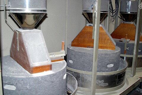 信州石臼挽き蕎麦粉(そば粉)田舎屋くろべえ1kg[30年産そば粉][そば粉100%]