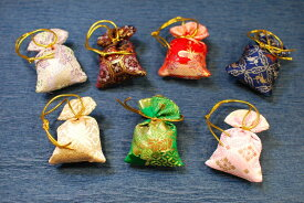 メール便☆ 松栄堂 誰が袖 みやこ 匂い袋 【お香】【お土産】【贈り物】【2000円以上で送料無料】