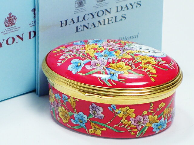 Halcyon Days ハルシオンデイズ The year to remember 2011 エナメルボックス【中古】
