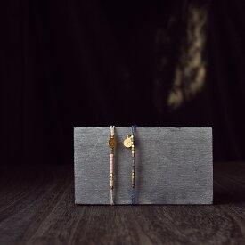 刻印無料 ペア ブレスレット モールス信号で秘密の暗号 ビーズに想いを託した ワックスコード ブレスレット イニシャル彫刻 Lauss PairBracelet (長方形パッケージ)conpact