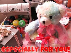 誕生日プレゼント 友人 友達 虹色 ベアー入り 花 ダイヤモンド レインボーローズ プリザーブドフラワー付き ケース付き