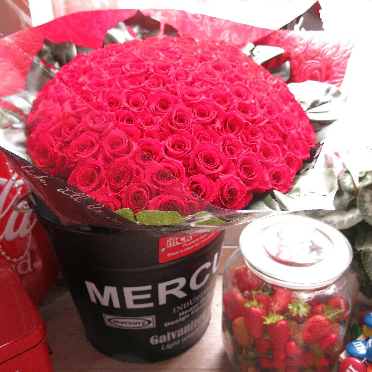 赤バラ 101本 プリザーブドフラワー 赤バラ 花束 赤バラ101本使用 プリザーブドフラワー 花束 枯れずにいつまでもキレイな赤バラ ブリキバケツ付き◆誕生日プレゼント・成人祝い・記念日の贈り物におすすめのフラワーギフト