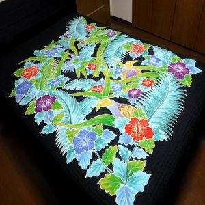 【送料無料】バリキルト ベッドカバー クイーンサイズ 花鳥柄Cブラック 手書きバティック ハワイアンキルト調 BALI【smtb-TD】