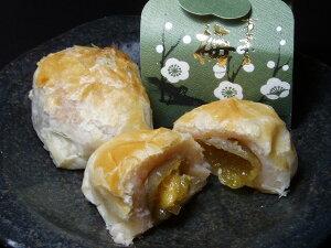 【手作りの和菓子屋】サクサクのパイ皮と、白餡、梅の相性抜群 パイ饅頭(梅)1個【marutaya】【RCP】