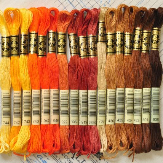 DMC社の刺繍糸 25番糸 ブラウン〜オレンジ系17色 《 刺しゅう 刺繍糸 ミサンガ 刺しゅう糸 マクラメ 》