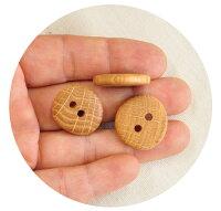 北欧からオークの木のボタン6個セット《北欧天然木天然素材ウッドボタンエストニアオークナチュラル目印職人手作りハンドメイド》