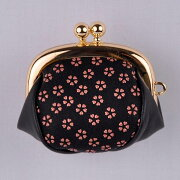 【印傳屋(いんでんや)】財布F小銭入08黒地赤漆・小桜《無料ラッピング承ります》