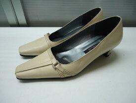 【中古】【あす楽可】☆日本製♪☆golden foot(ゴールデンフット)☆足に優しい靴♪☆スクエアトゥ パンプス☆クリームベージュ☆23cm EEE☆ヒール高:約4cm