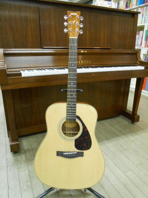 新品 店頭展示品 期間限定品 YAMAHA(ヤマハ) アコースティックギター F-620 ソフトケース、アクセサリーセット付!