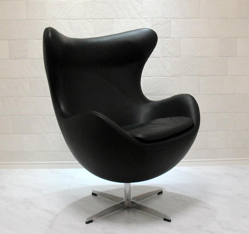 エッグチェア/牛皮 レザー仕様 ブラック/アルネ・ヤコブセン/新品 eggchair デザイナーズ パーソナルチェア パーソナルソファ 1人掛け 1人用 ソファ 椅子 いす イス eggchair leather Arne Jacobsen