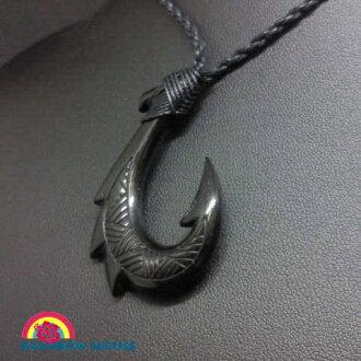 Fish hook necklace carving cow Vaughn series ☆ Hawaii Anju Elly ☆
