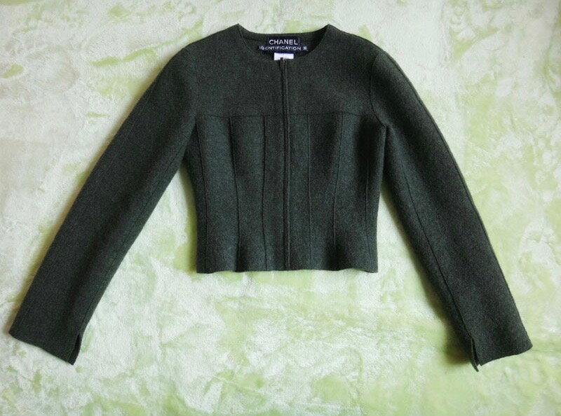 【CHANEL】 【シャネル】 ジャケット 上着 アウター サイズ36 グリーン系 美品 古着 【中古】c-003
