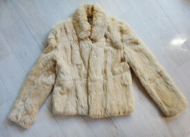 50%OFF ZAZIE 毛皮 コート FOX フォックス レディース コートサイズ9号 ベージュ系 古着 防寒 暖かい 軽い【中古】t-003
