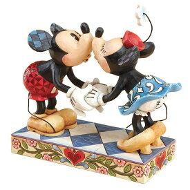 エネスコ enesco. ディズニー・トラディション Disney Traditions ミッキーマウスとミニーマウスのキッシング ミッキーとミニーのキス Mickey Kissing Minnie 木彫り調フィギュアエネスコ ディズニー フィギュア ディズニートラディション ミッキー ミニーマウス ギフト
